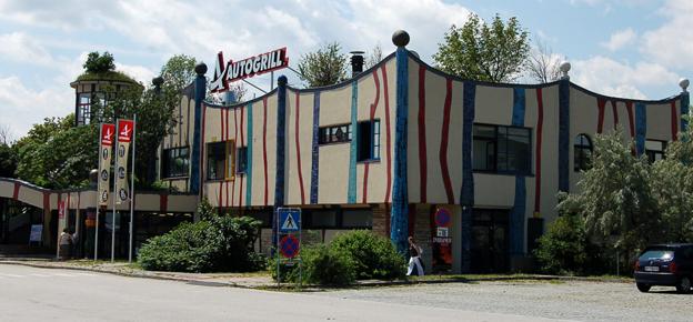 Stop-vooral-op-tijd-bij-een-idyllisch-frans-wegrestaurant