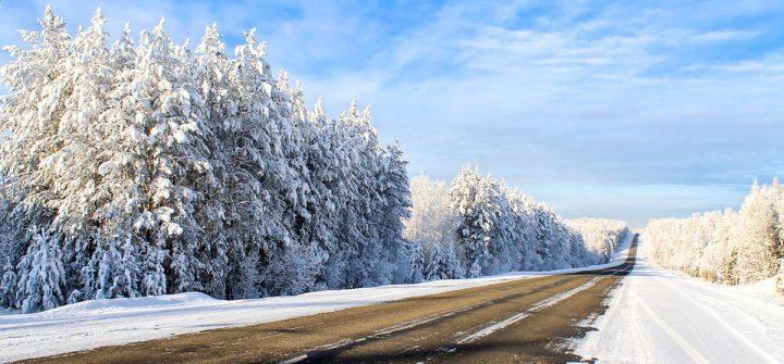 15 coolste tips om gladheid te bestrijden tijdens autorijden