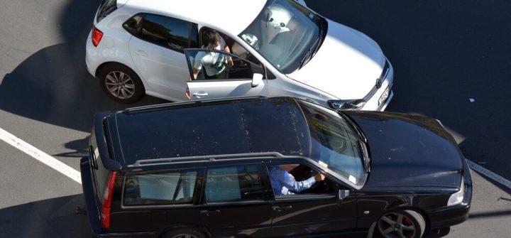 """Hans de Kok bij Traffic Radio: """"Veel mensen kijken niet om naar hun autoverzekering"""""""