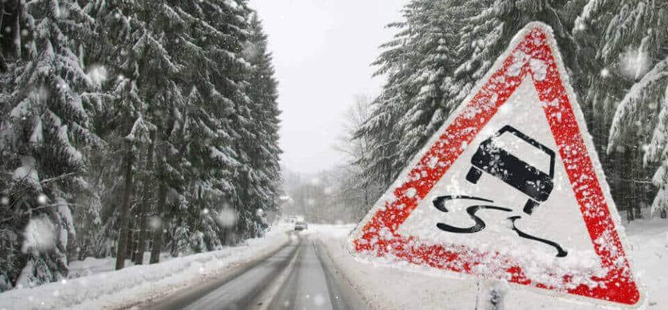 Autorijden met gladheid op de weg
