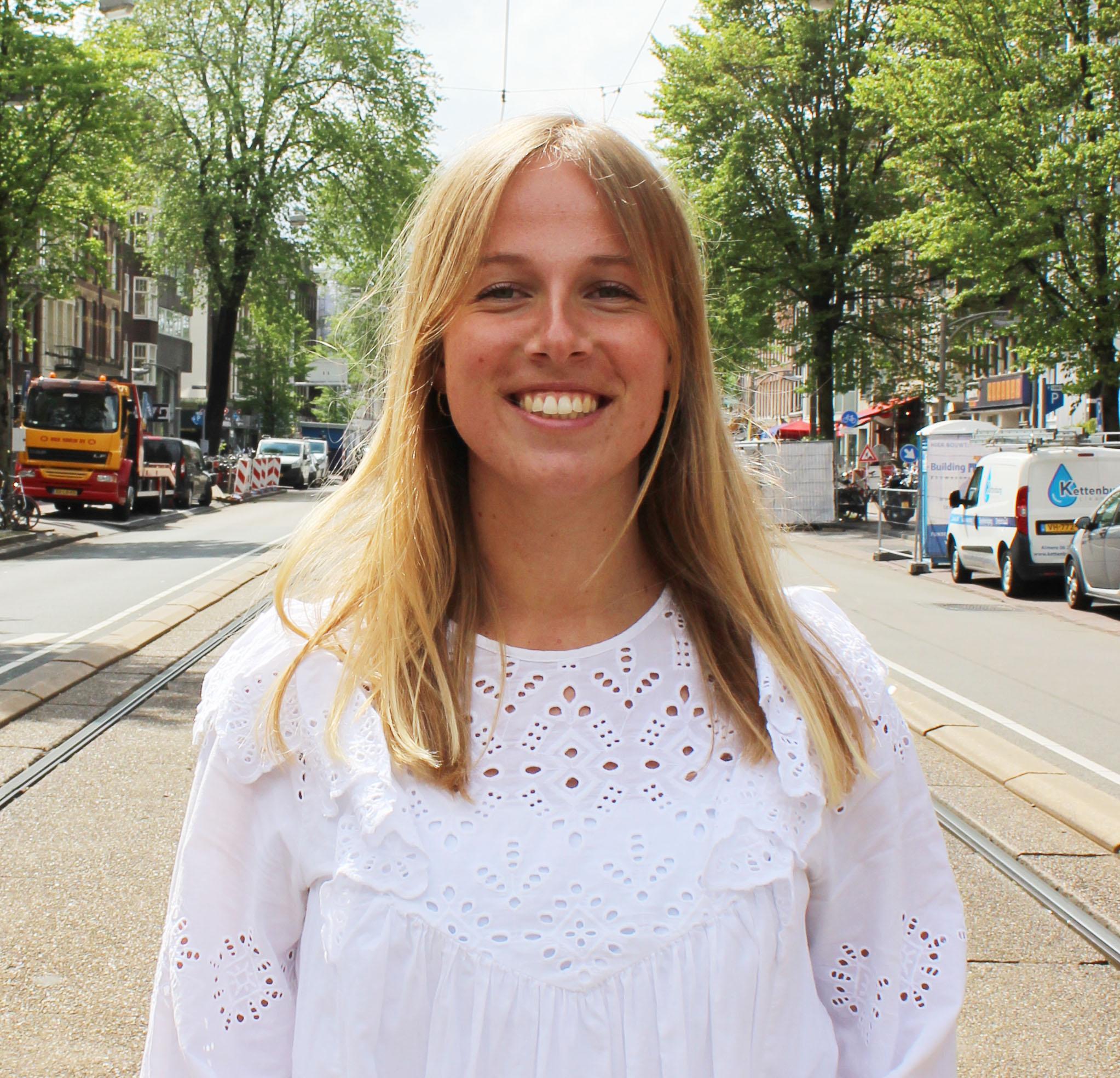 Mireille Smits